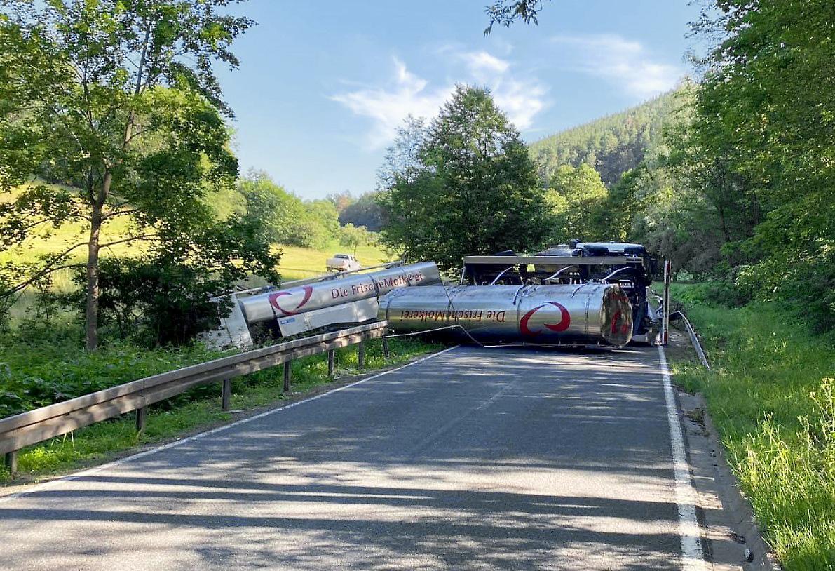 Unfall mit Milchsammelwagen